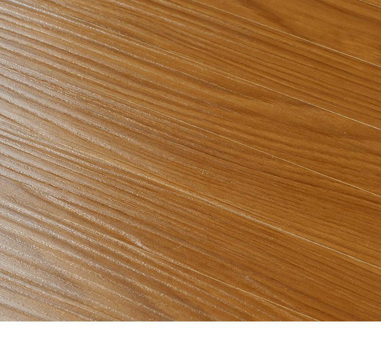 ウッドカーペットの木目アップ画像